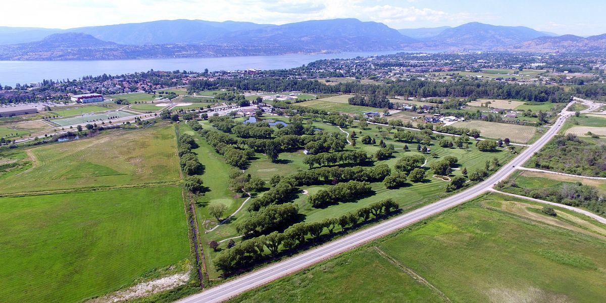 1085 Lexington Drive, Kelowna, BC - Michaelbrook Golf Club