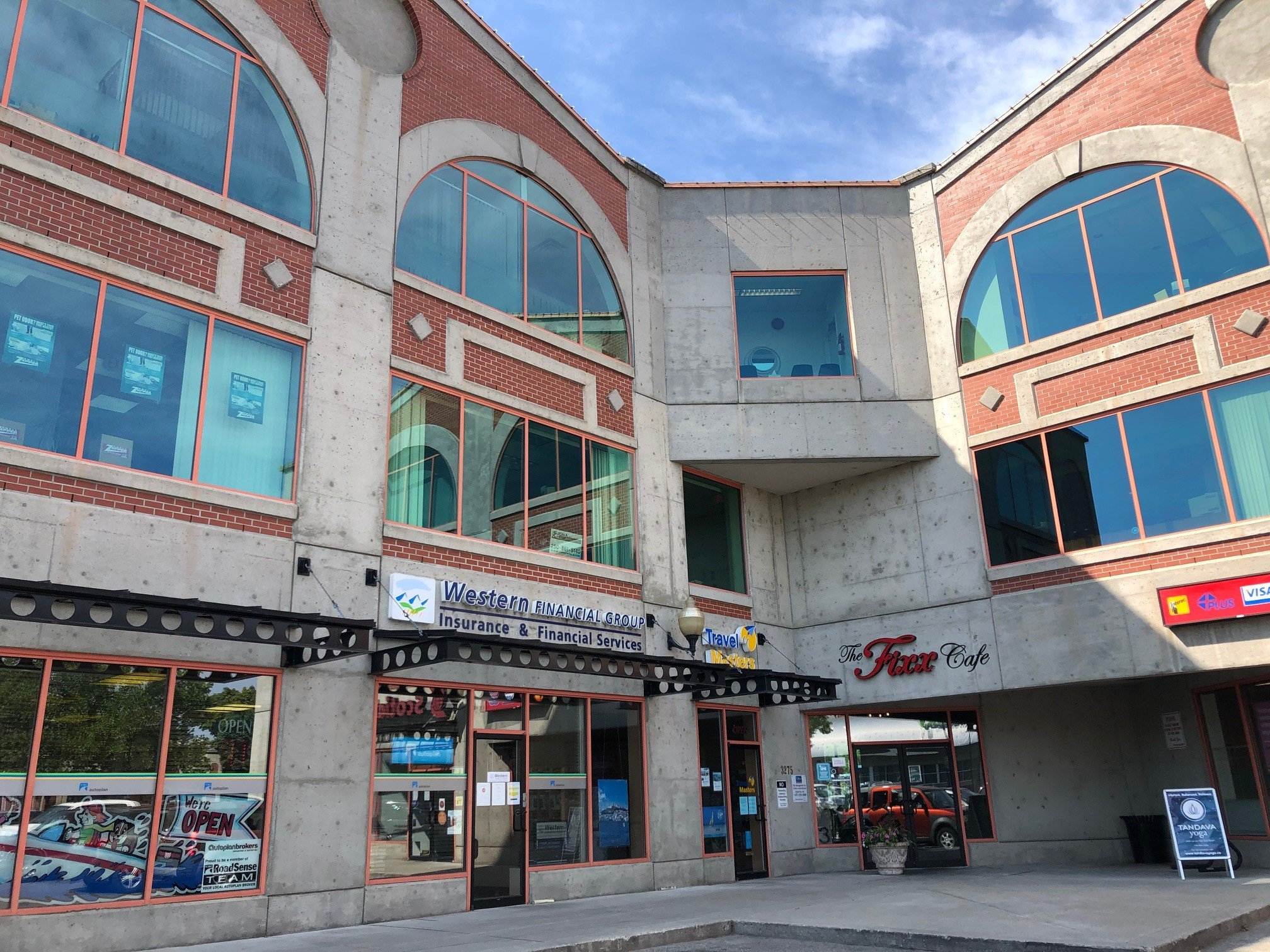 #102 - 3275 Lakeshore Road, Kelowna, BC - Main Floor Office/Retail Space in Lower Mission